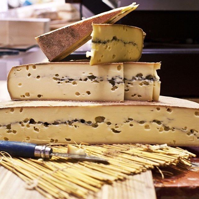 superposition morbier top 10 photo instagram fromage